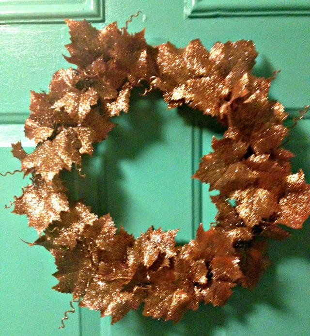 Leaf wreath close up
